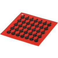 Lodge Подставка квадратная с логотипом сковороды, 19 см. красная. (AS7S41)